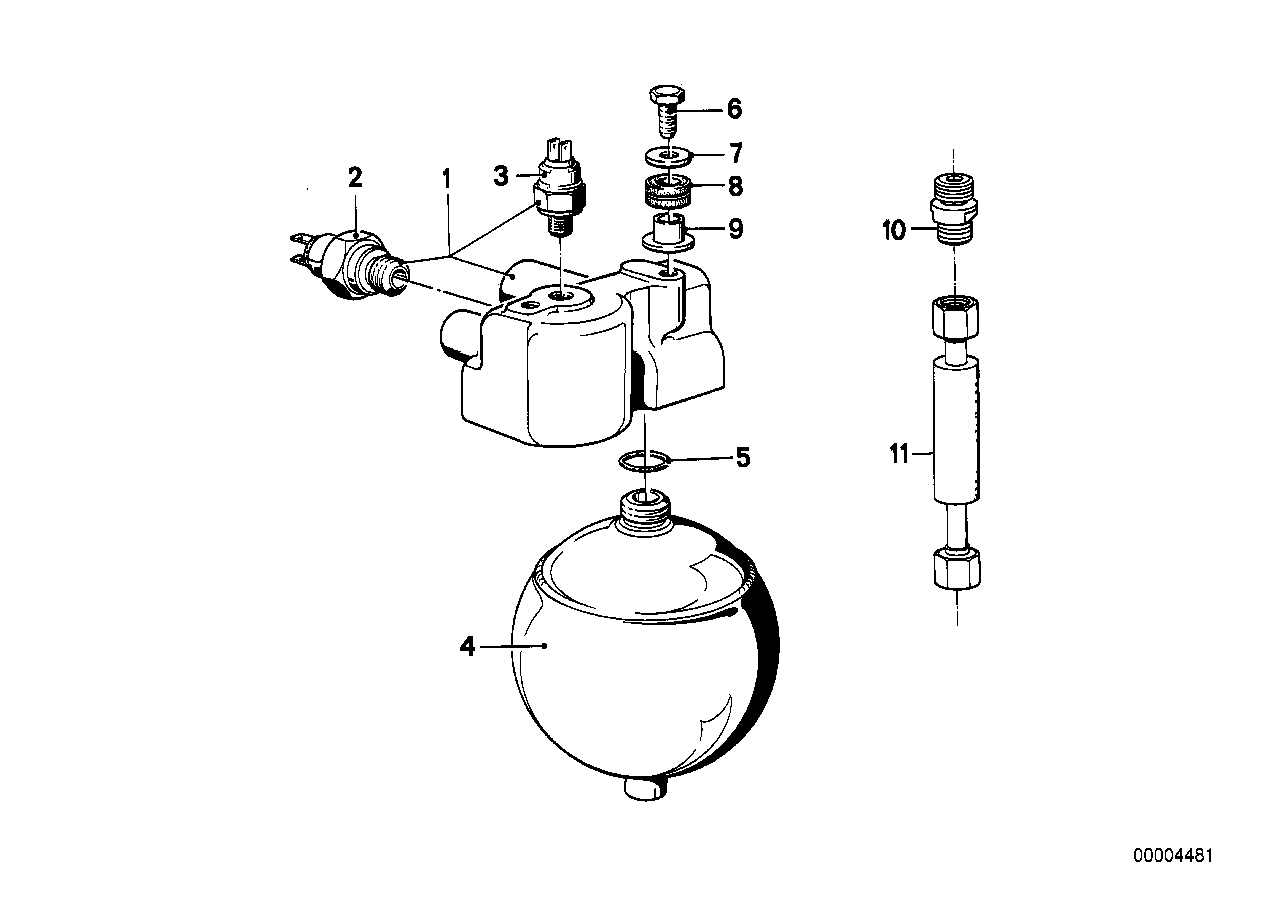 Pressure regulator/pressure accumulator